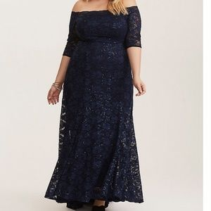 SPECIAL OCCASION NAVY SEQUIN & LACE CHIFFON GOWN